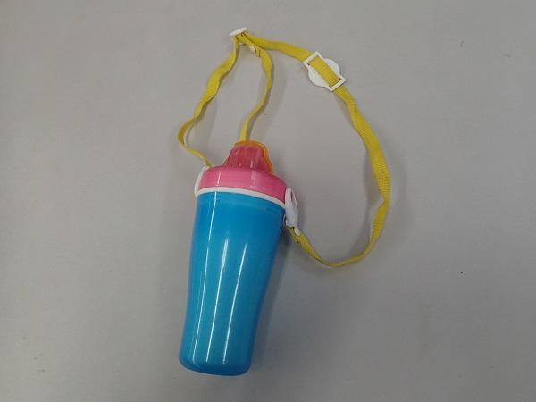 子供用水筒.jpg